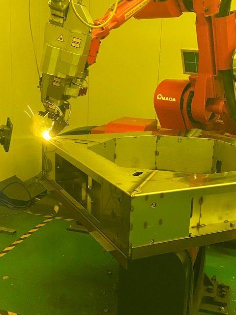 ファイバーレーザーロボット溶接 食品機械関連部品 SUS304-2B