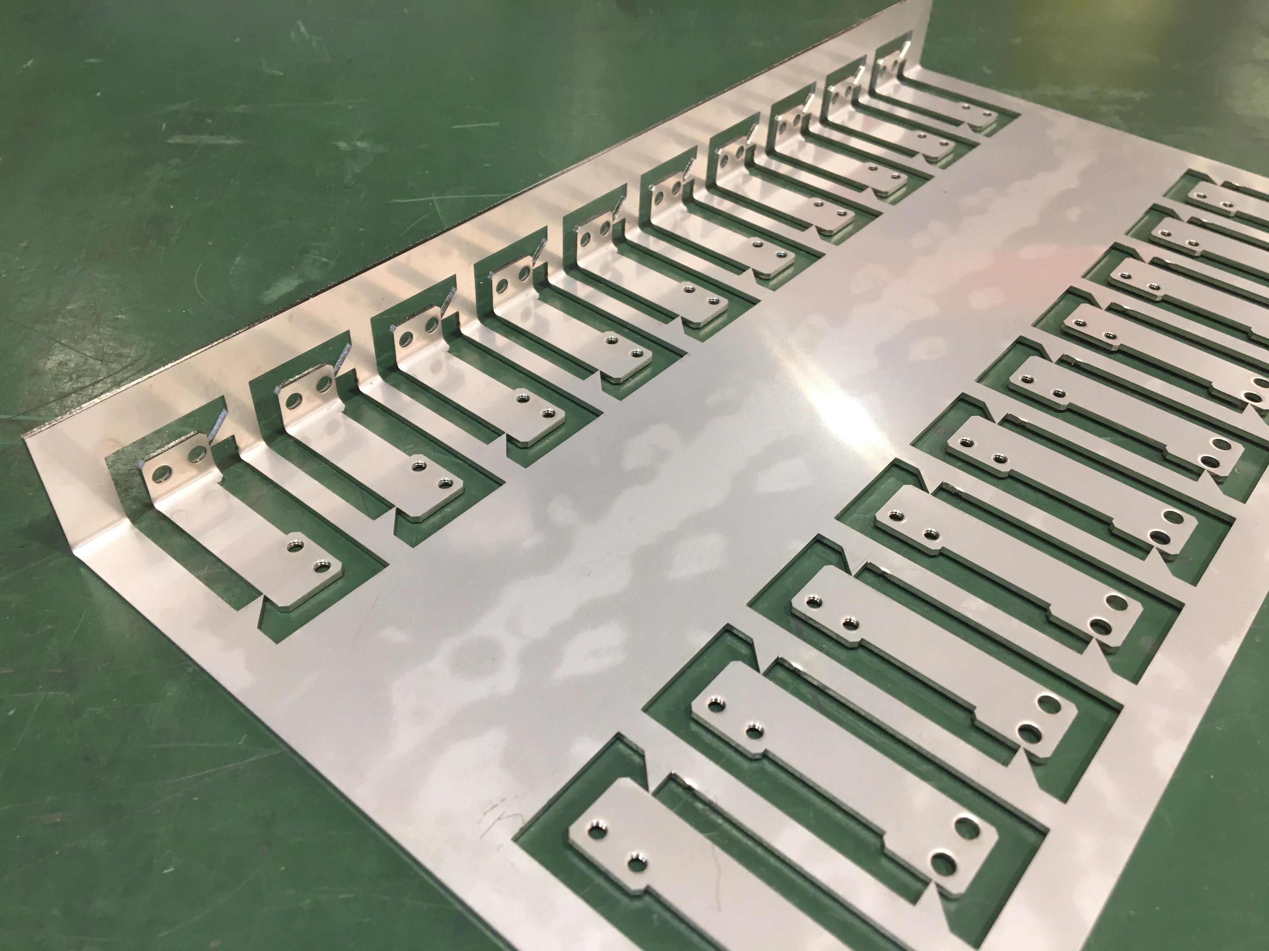 半導体製造装置 まとめ曲げ 精密板金部品 SUS304