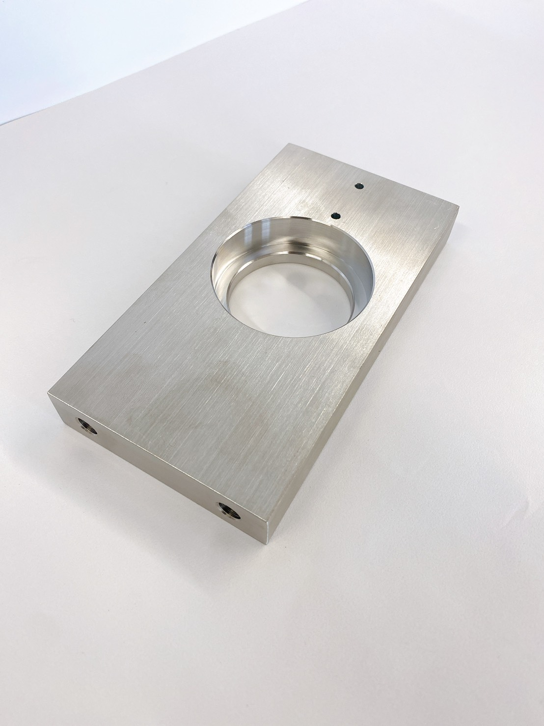 切削加工部品 介護機器部品 SUS304 5軸マシニング加工 ベアリングホルダー